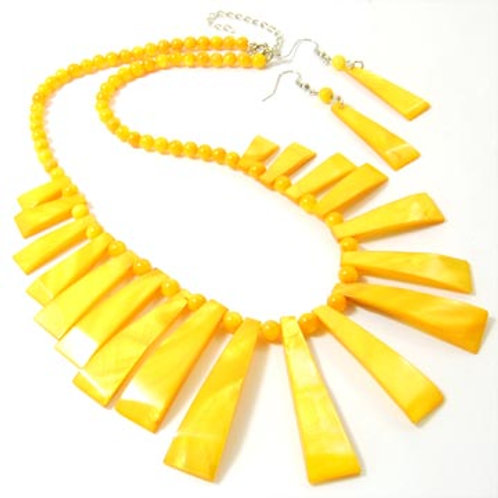 Dyed Natural Shell Stick Necklace & Earrings Set