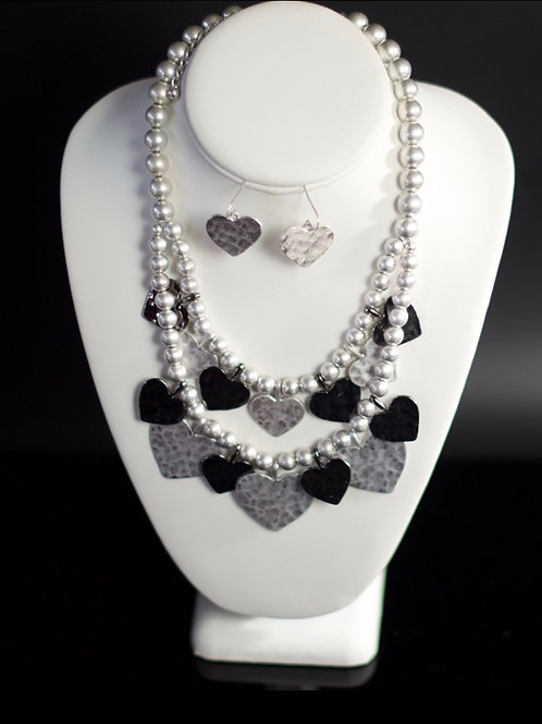 QUEEN HAILEMAH TEMPLE OF HEARTS NECKLACE SET
