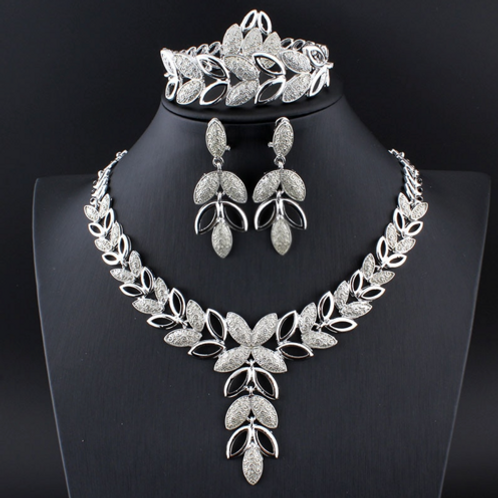 QUEEN HAILEMAH COMPLETE ROYAL AFRICAN NECKLACE SET