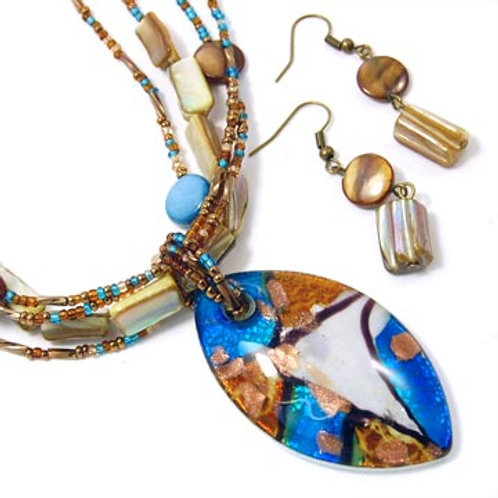 SHELL AND MURANO GLASS BEADED NECKLACE SET