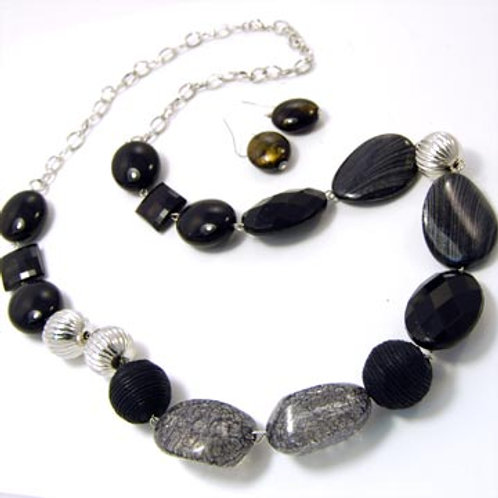 Chunky Beaded Long Necklace Set