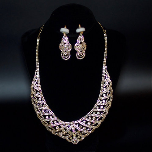 QUEEN HAILEMAH ROYAL PAVE BIB NECKLACE  SET - GOLD