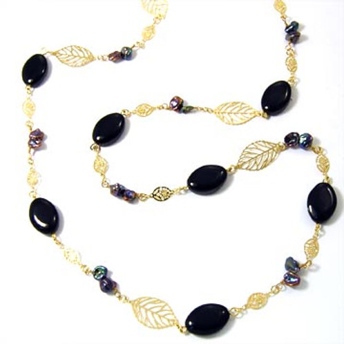 HAND MADE KEISHI PEARL AND LEAVES NECKLACE