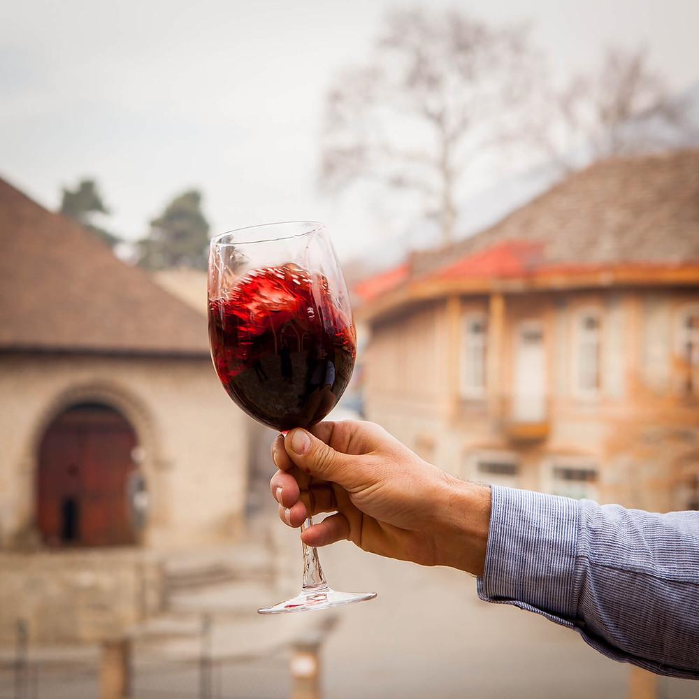 vinho tinto é o tipo de vinho que mais concentra resveratrol