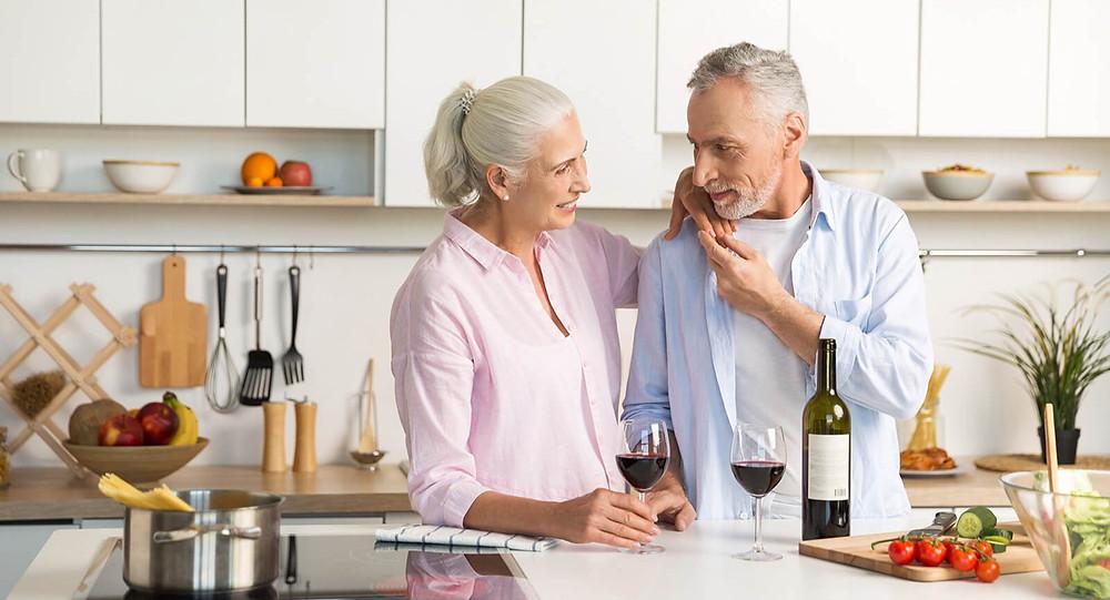 Muitas das pesquisam mostram as vantagens do consumo regular e moderado de vinho e suco de uva
