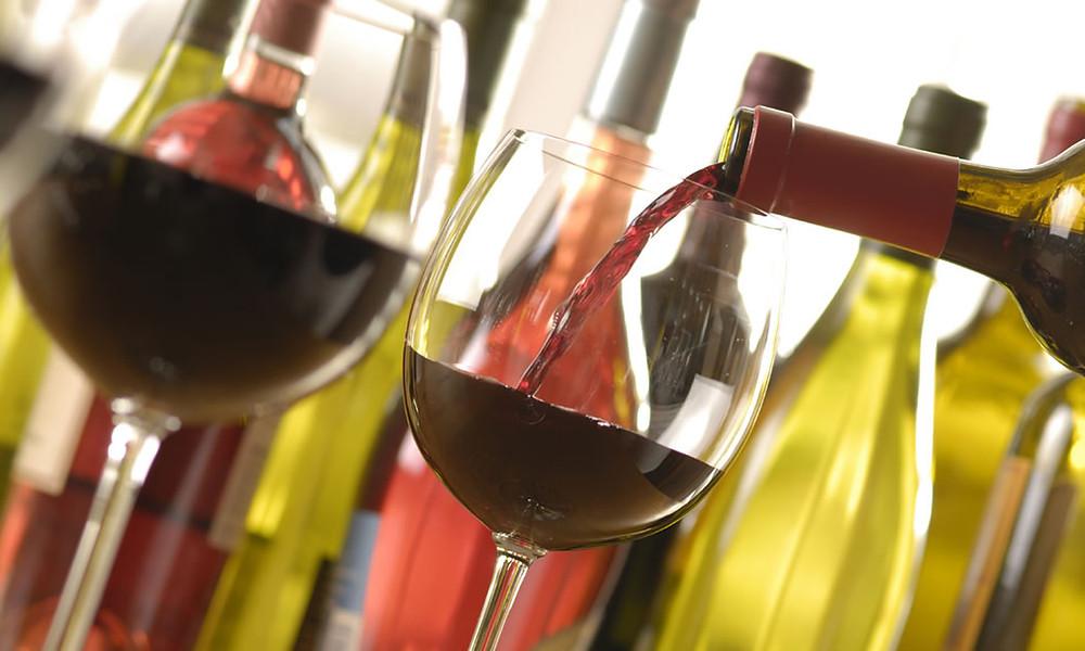 O sommelier é o responsável pela harmonização dos vinhos