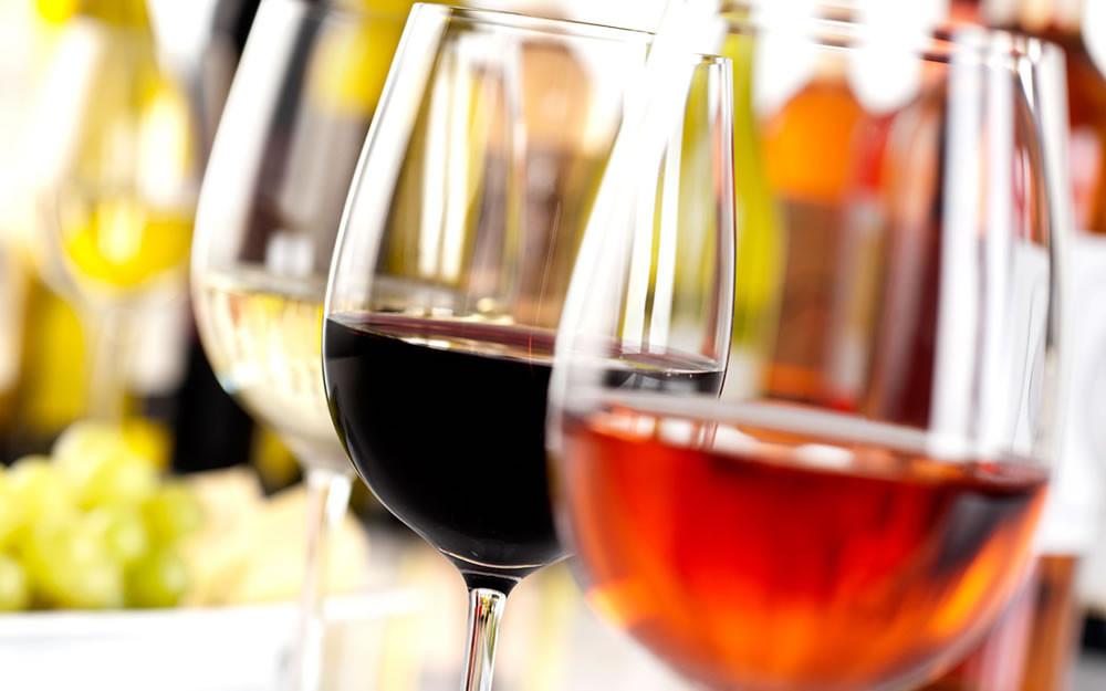 Pesquisas mostram que consumo de vinho pode ser benéfico aos rins (Foto: parade.condenast.com)