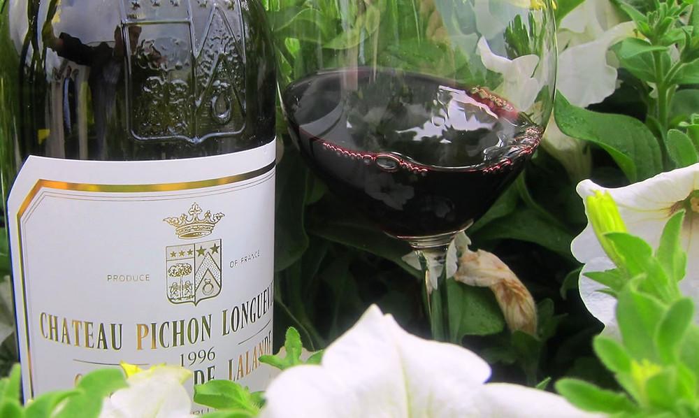 A Cabernet Franc é uma das uvas autorizadas para a produção do vinho Bordeaux (Foto: thewinecellarinsider.com)