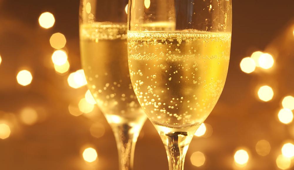 Estudos apontam que champagne pode ajudar a memória