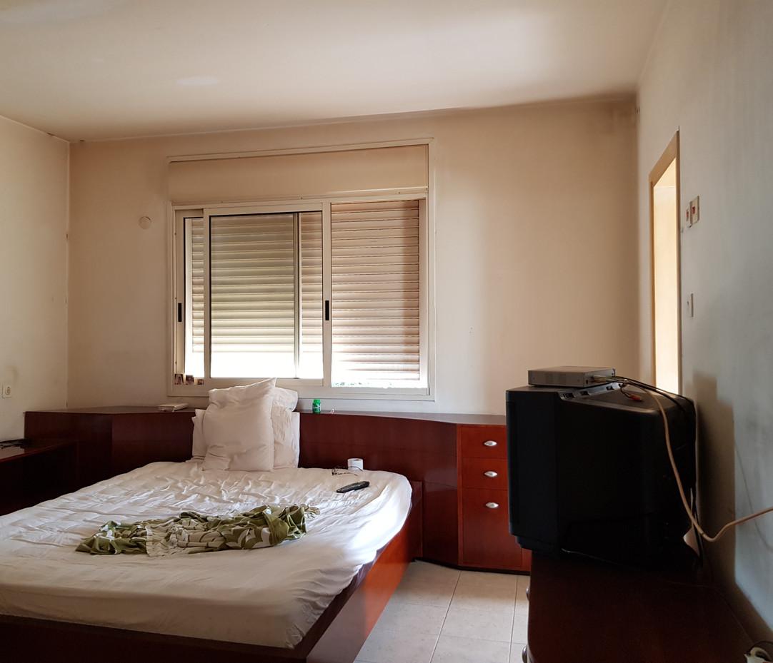 חדר שינה הורים לפני