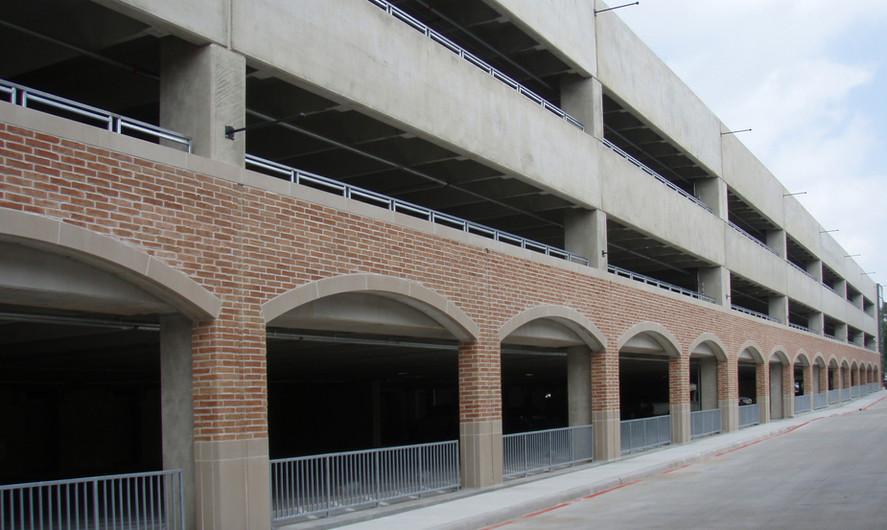 Kincaid School Parking Garage
