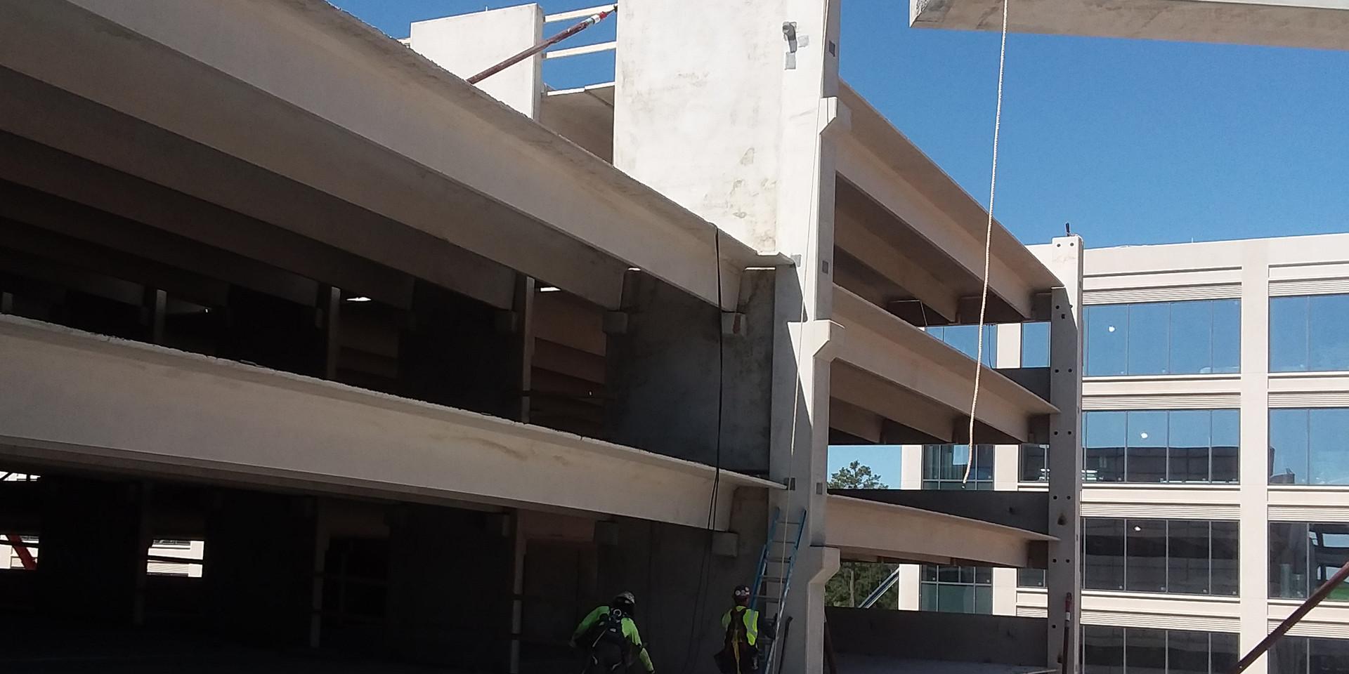 HP Plaza Parking Garage - setting IT Beam