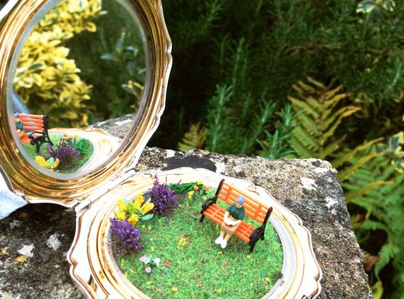 The Good Book Garden Compact