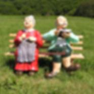 oma---opa-auf-gartenbank-gartenfigur-fig