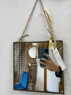 Petit miroir carré