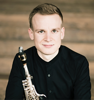 Andreas Mader teaches saxophone at www.musictutoronline.com