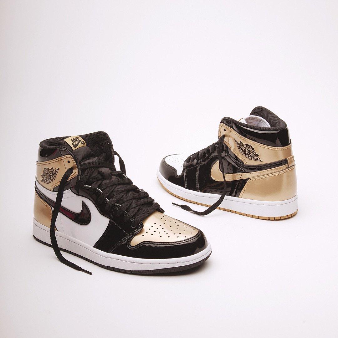 Gold Top 3 Jordan 1