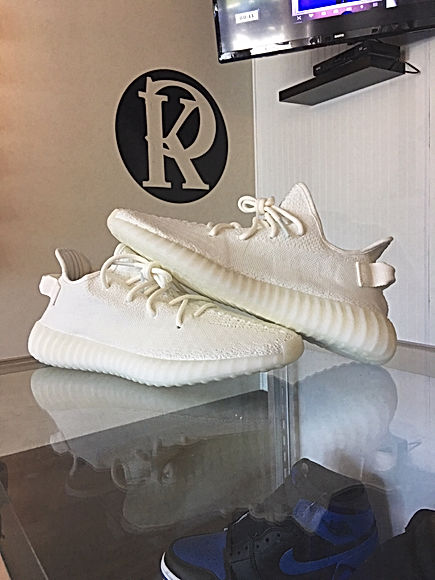 Adidas Yeezy Boost 350 V2 in Cream