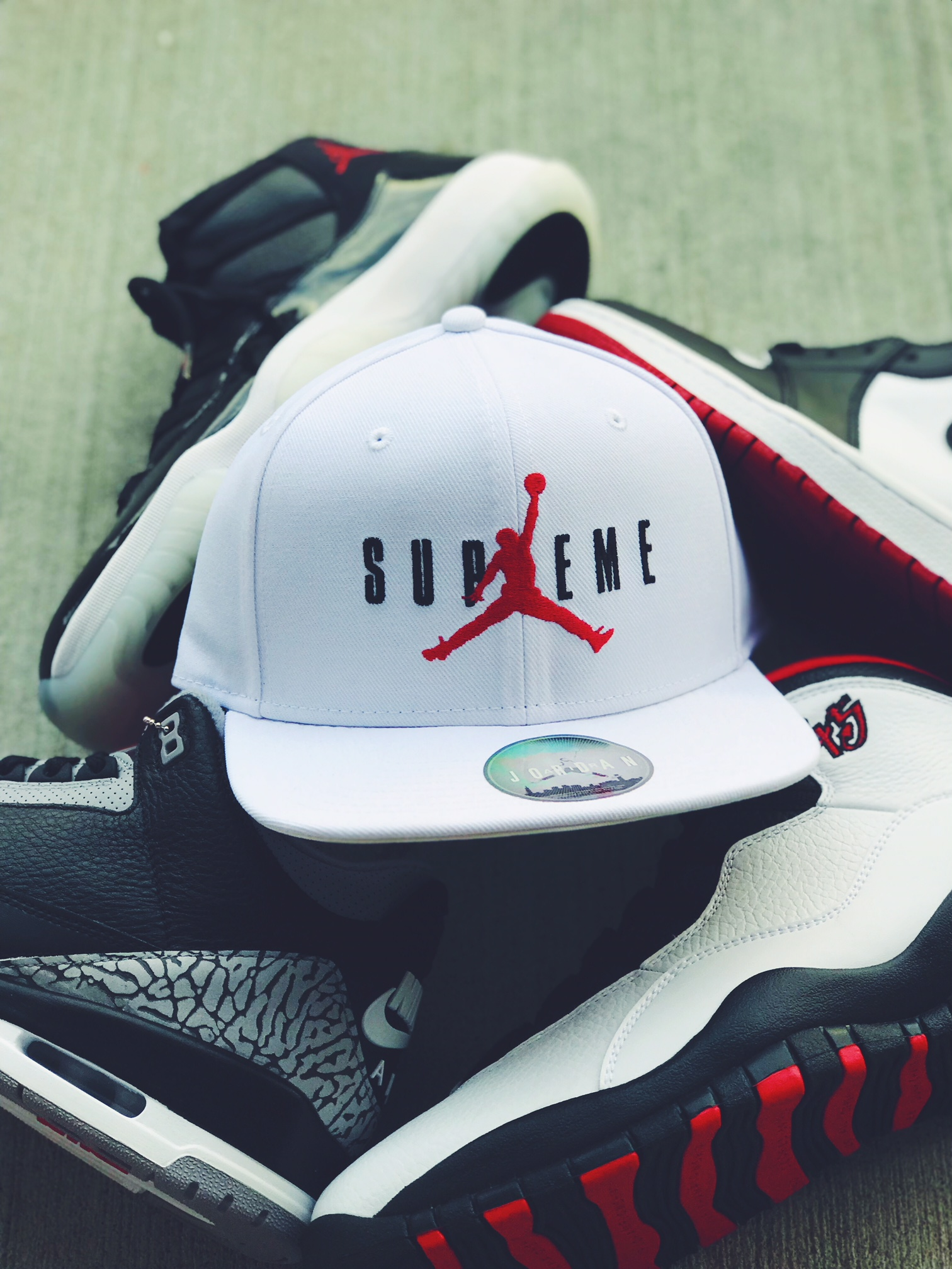 Supreme X Jordan Hat in White