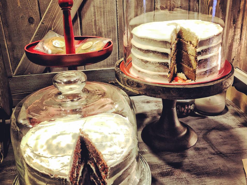 hunk o' cake anyone???