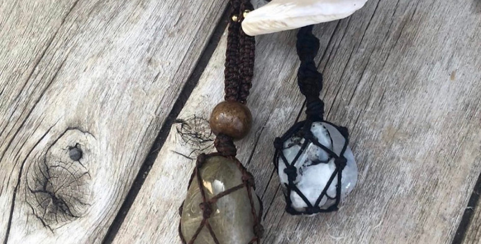 Macrame necklaces Prices on pic
