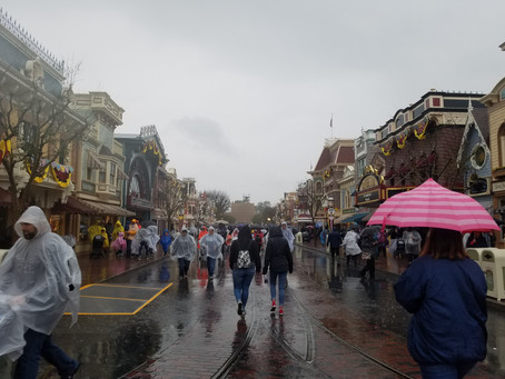 What to expect and plan for a wet/rainy day at Disneyland