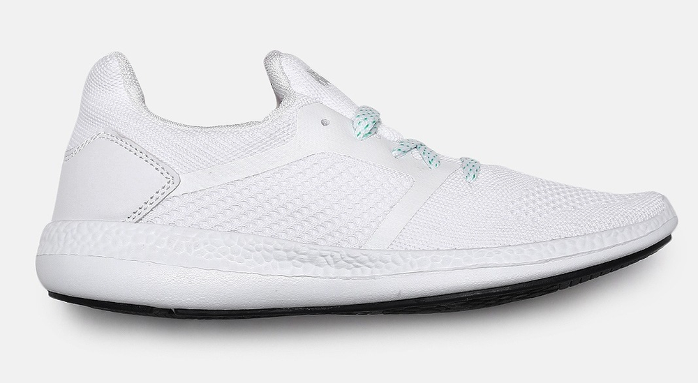 White Solid Ultra Knit Series Running Shoes