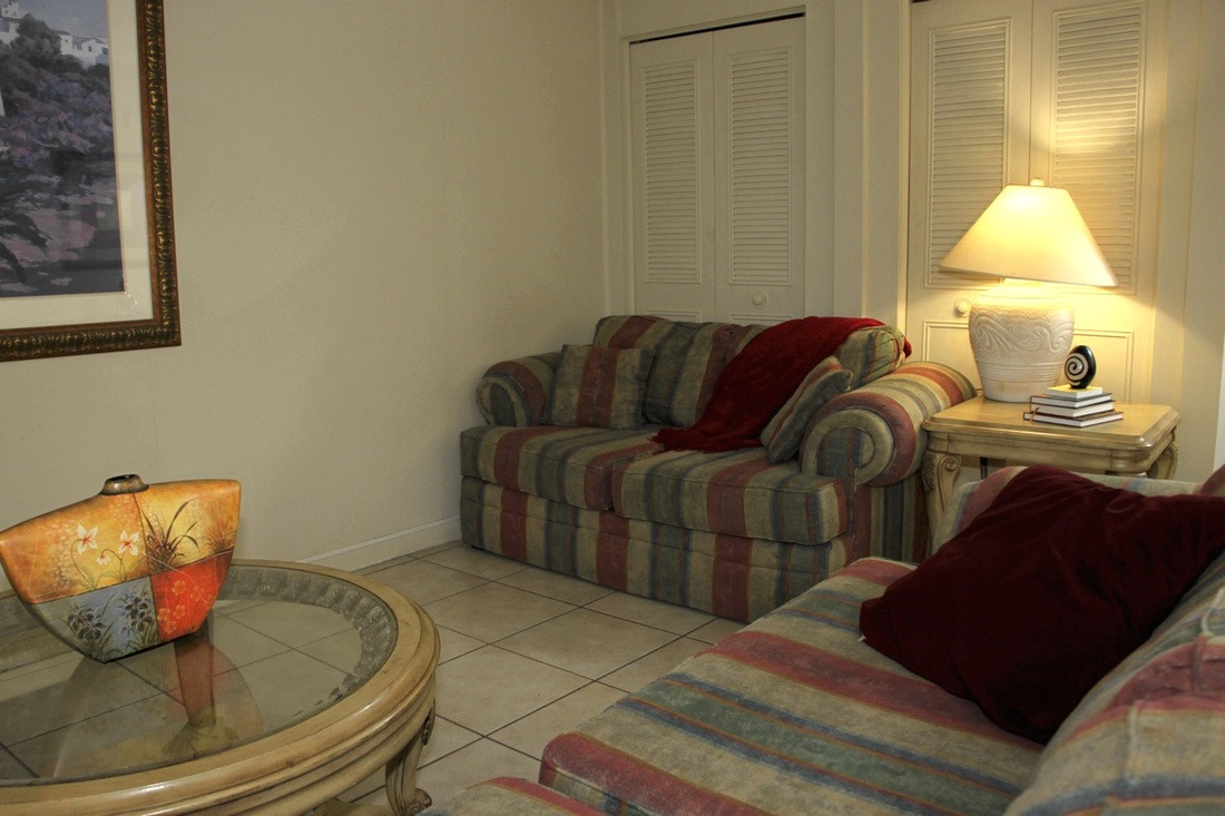 Parkside Apartments Living Room