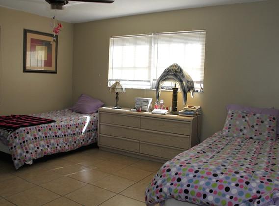 Druid Apartments Bedroom