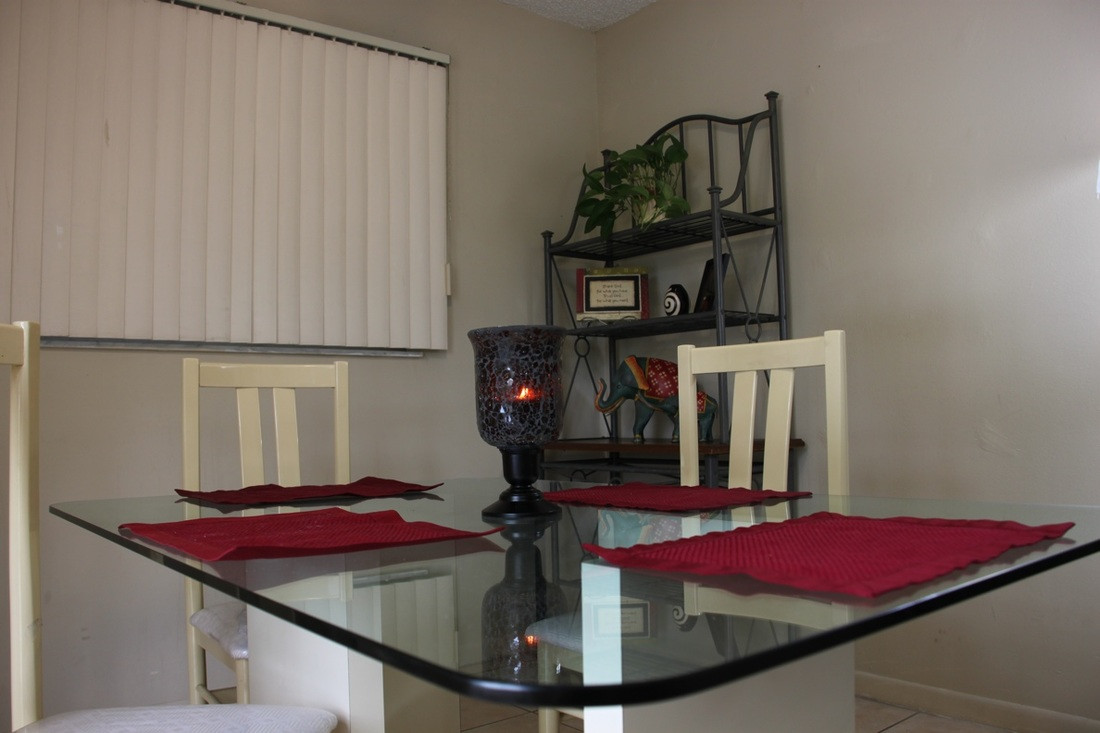 Parkside Apartments Dining