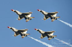Air Power over Hampton Roads - 2016  General Dynamics F-16C Fighting Falcon  United States Air Force Thunderbirds