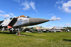 Central Air Force Museum  Mikoyan-Gurevich MiG-31 Foxhound  Mikoyan-Gurevich MiG-27 Flogger-D  Mikoyan-Gurevich MiG-25RB Foxbat-B