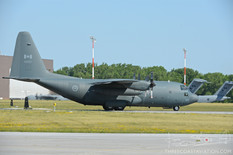 Quinte International Air Show - 2016  Lockheed CC-130H  Hercules  424 Transport and Rescue Squadron - Royal Canadian Air Force