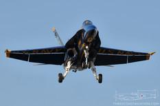 CYYZ - Sep 2, 2009  McDonnell Douglas F/A-18A Hornet  Blue Angels - United States Navy