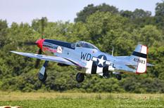 Geneseo Airshow - 2005  North American P-51D Mustang 'Glamorous Gal'