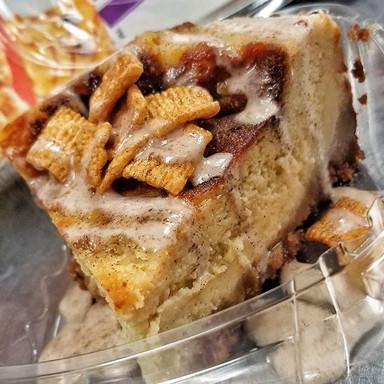 Cinnamon Toast Crunch Cheesecake