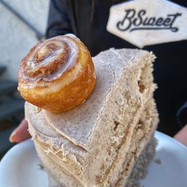 Cinnamon Bun Cake
