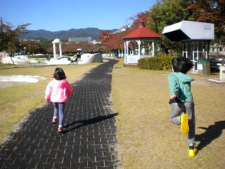 阪神競馬場の公園へ行ってきました♪