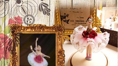 バレリーナ人形