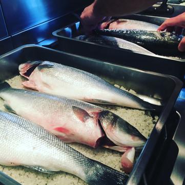 Salt-roasted fish