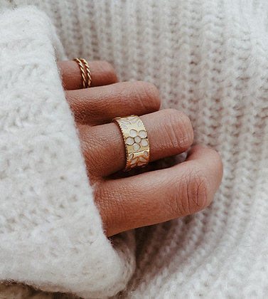 Golden Pearl 925 Silver Ring
