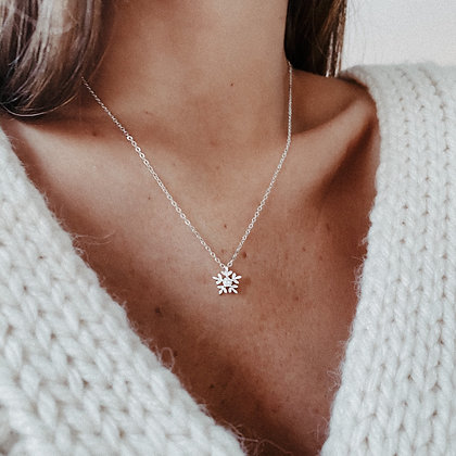 Snow Flake 925 Sterling Silver Necklace