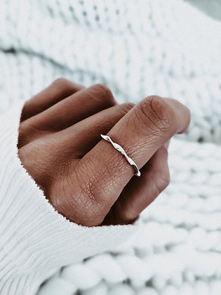 Bloom 925 Silver Ring
