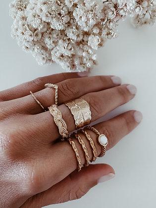 Golden Cleopatra Rings Set