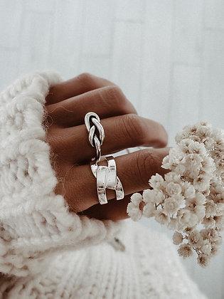 Elegance 925 Silver Ring