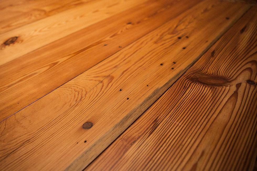 Pitch+Pine+Straight+Plank+Flooring.jpg
