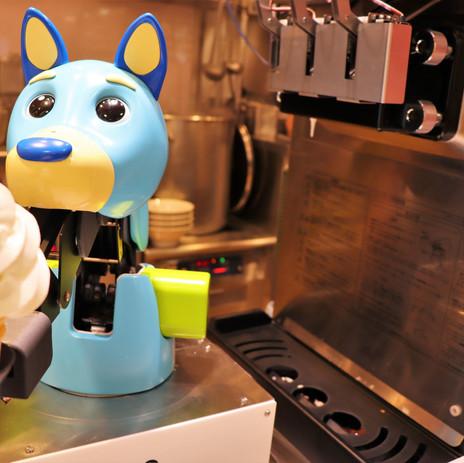 Des Robots Japonais se lancent dans la distribution de Glace à l'Italienne