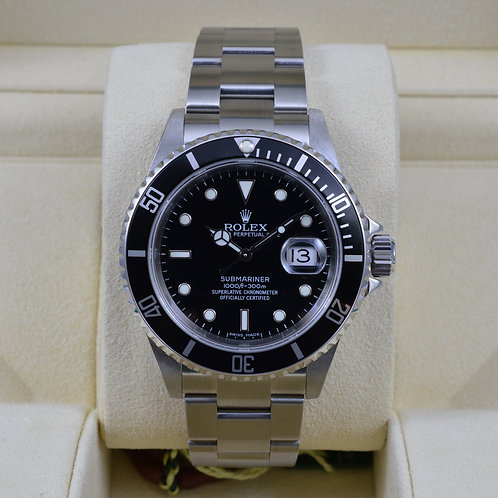 Rolex Submariner Date 16610 Z Serial - Like New Old Stock