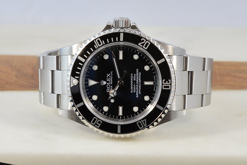 Rolex Submariner 14060M No Date - 4 Liner
