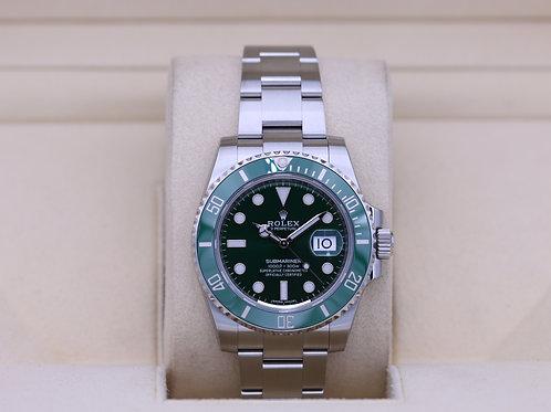 Rolex Submariner Date 116610LV Hulk Green - 2020 Unworn!